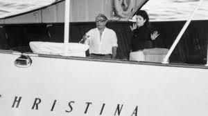 Το 1954 ο Αριστοτέλης Ωνάσης αποκτά την «Χριστίνα», τον μοναδικό πραγματικό έρωτα της ζωής του..